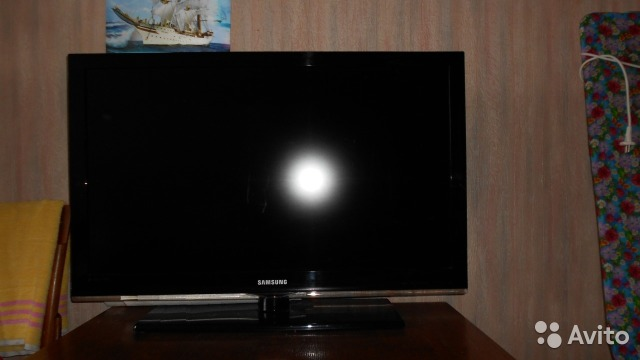 Потемнел экран телевизора самсунг 2