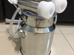 Дистиллятор ) доильный аппарат для коз)
