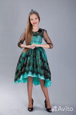 eca98c3ffe09502 Новые современные праздничныеи вечерние платья— фотография №1