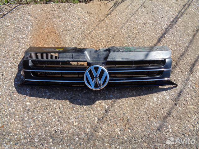 89657347629 Решетка радиатора VW Transporter T5