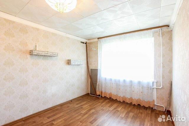 Продаётся солнечная, уютная комната!развитая инфраструктура (остановка, магазины, банки, детский сад и т.д.) в комнате хорошая дверь, пластиковое окно.
