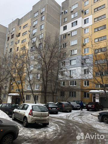 Продается трехкомнатная квартира за 2 800 000 рублей. улица имени И.П. Бардина, 1.