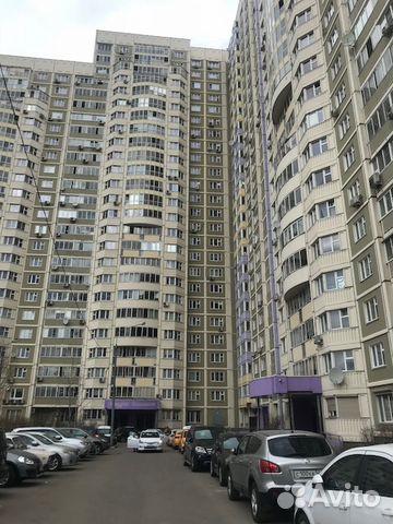 Продается двухкомнатная квартира за 7 350 000 рублей. Московская обл, г Химки, ул Молодежная, д 74.