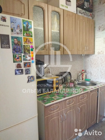 Продается однокомнатная квартира за 700 000 рублей. г Красноярск, ул Глинки, д 23А.