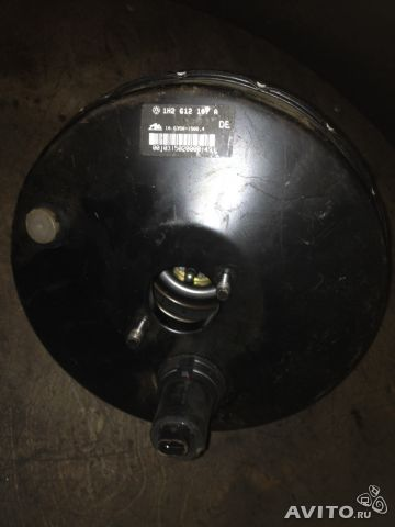 Вакуумный усилитель тормозов Фольксваген— фотография №1